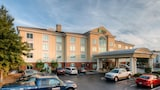 Holiday Inn Express Hotel & Suites Columbia - Columbia Hotels
