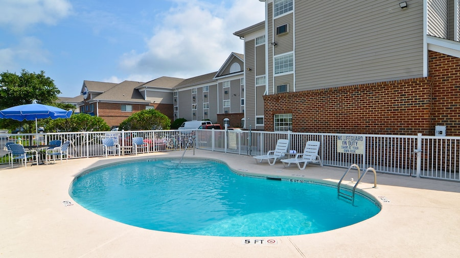 Suburban Extended Stay Hotel Central
