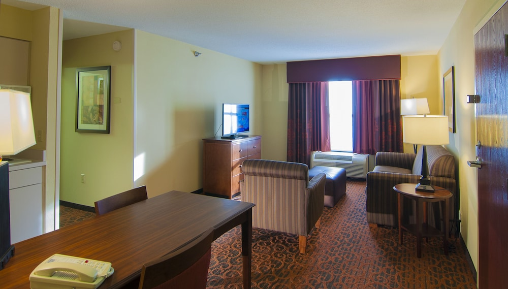 Room Service - Dining, Hampton Inn & Suites Tampa North