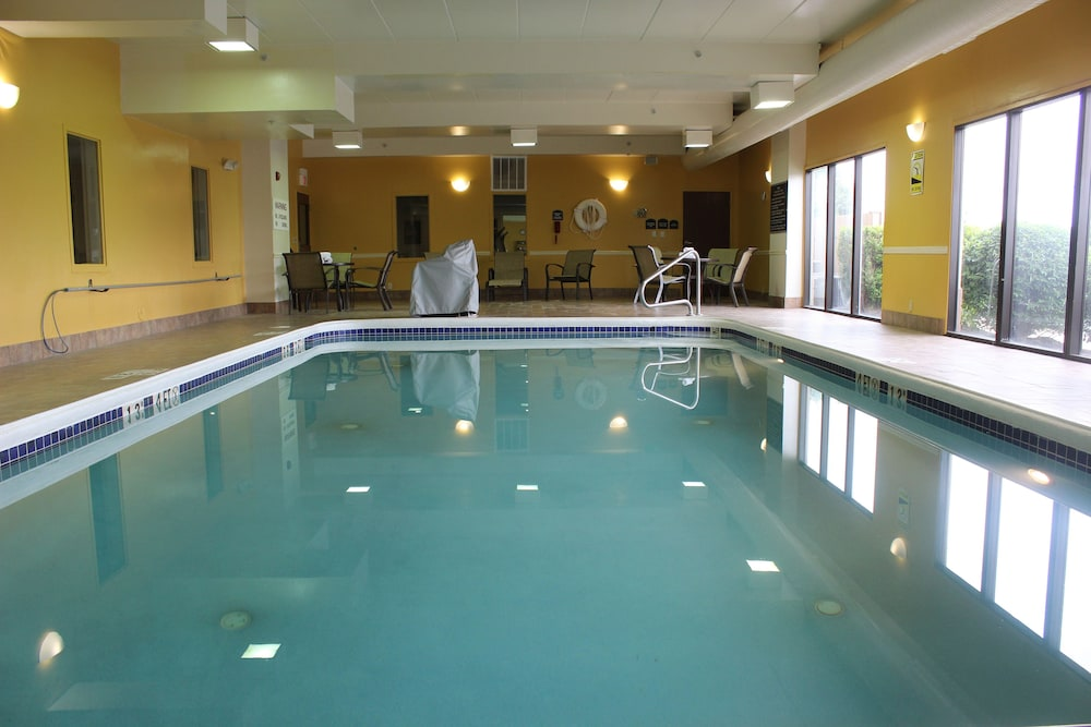 Pool 4 of 56