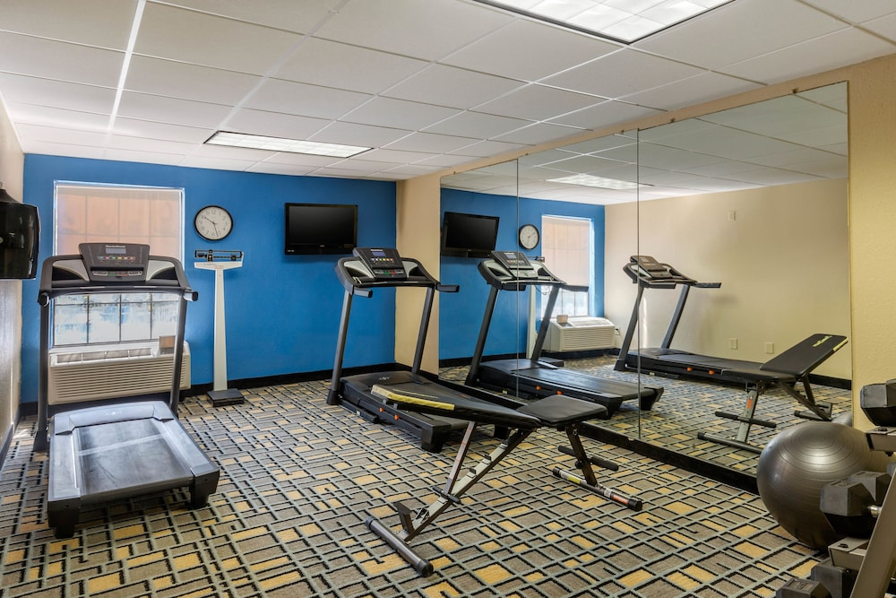 Fitness Facility, Clarion Inn South Boston-Danville East
