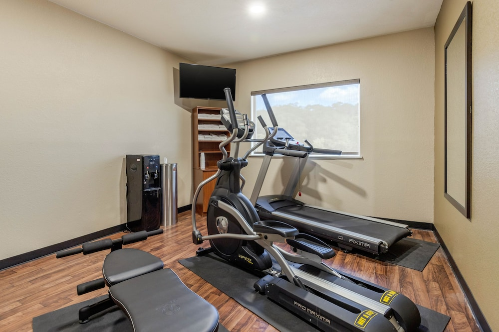 Fitness Facility, Comfort Suites Airport North