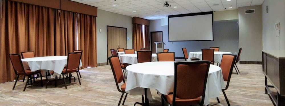 Meeting Facility, Holiday Inn Express Springdale - Zion National Park Area, an IHG Hotel