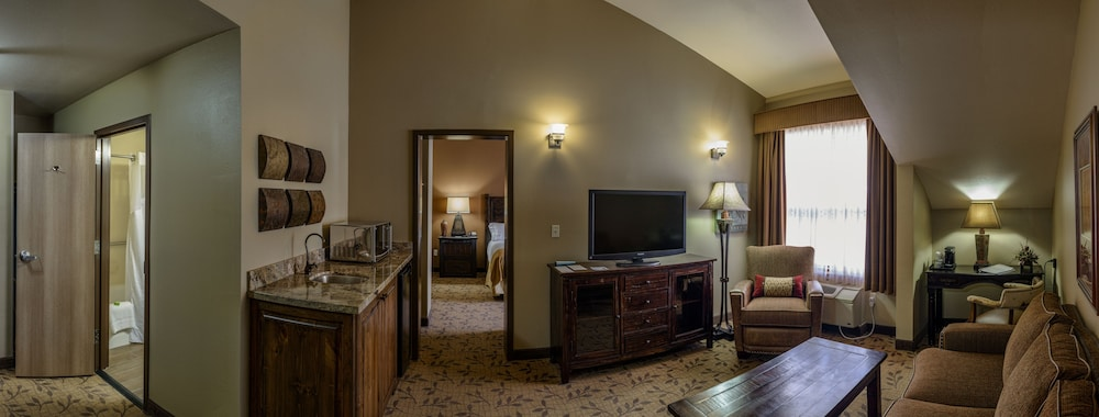 Room, Holiday Inn Express Springdale - Zion National Park Area, an IHG Hotel