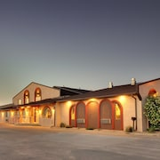 Best Western West Hills Inn