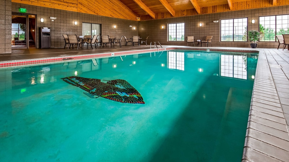 Indoor Pool, Best Western Derby Inn