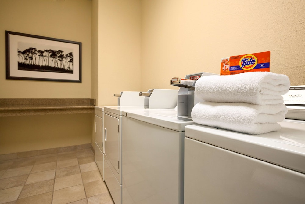 Laundry Room, Country Inn & Suites by Radisson, Greenville, NC