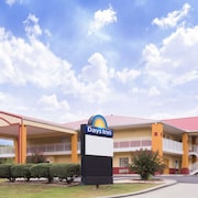 Days Inn by Wyndham Trenton