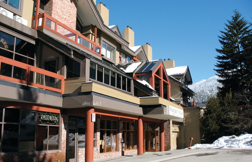 Exterior, Whistler Village Inn And Suites
