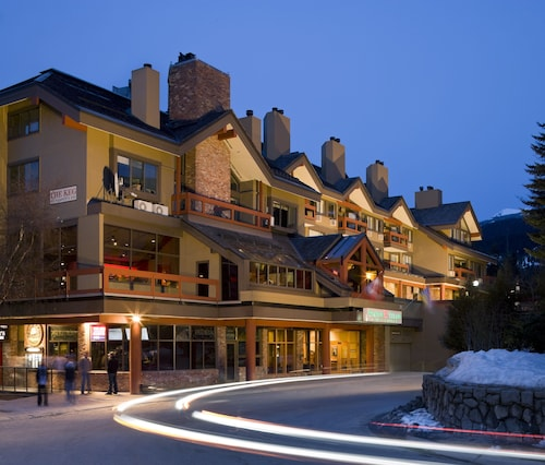Whistler Village Inn And Suites