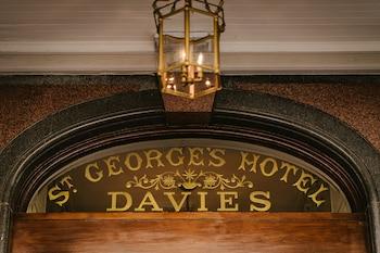 St. George's Place, The Promenade, Llandudno, LL30 2LG, Wales.