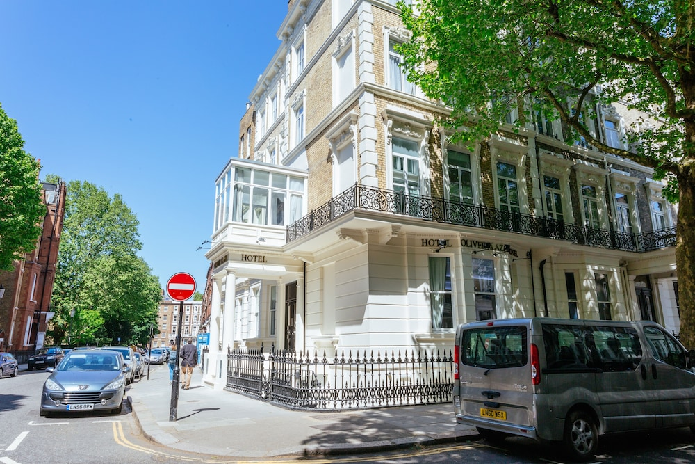 Oliver Plaza Hotel London