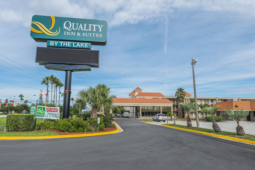 Front of Property, Quality Inn & Suites Kissimmee by The Lake