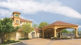 La Quinta Inn & Suites St. Louis Westport - Maryland Heights Hotels
