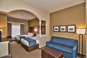 Suite, 2 Queen Beds, Non Smoking - Featured Image