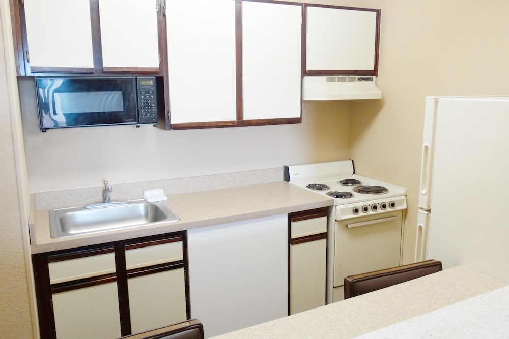 Private Kitchen, Extended Stay America - Newport News - I-64 - Jefferson Ave