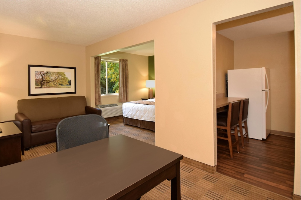 Room, Extended Stay America - Newport News - I-64 - Jefferson Ave