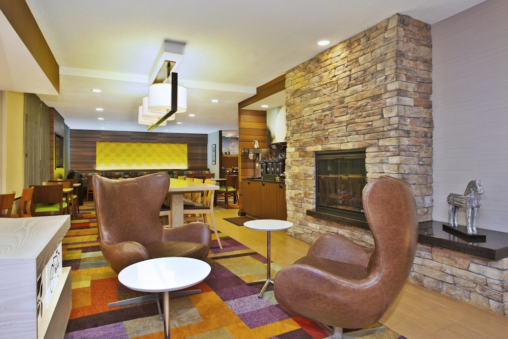 Featured Image, Fairfield Inn & Suites by Marriott Chicago Southeast/Hammond