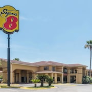 Super 8 by Wyndham Weslaco