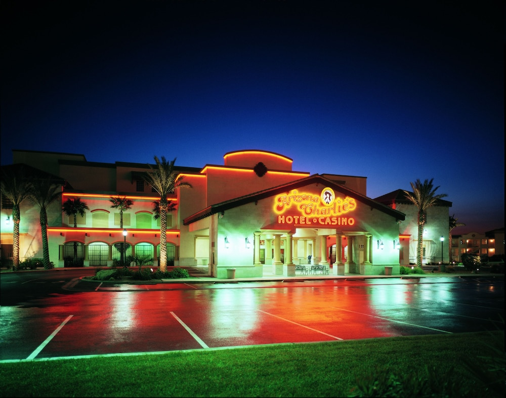 Arizona charlies boulder casino tropicana casino deals