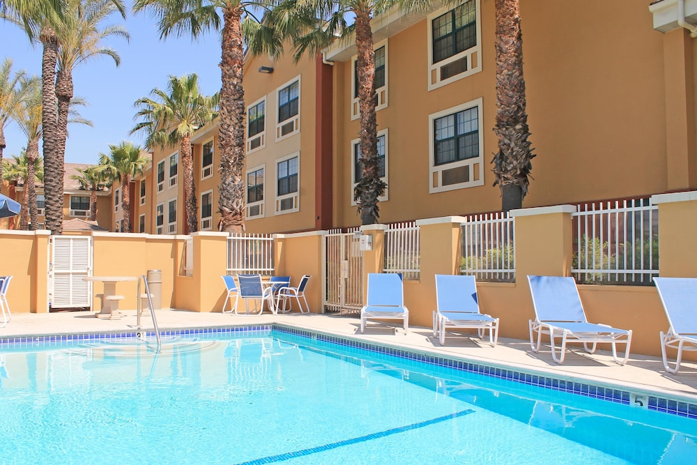 Pool, Extended Stay America Los Angeles - Ontario Airport