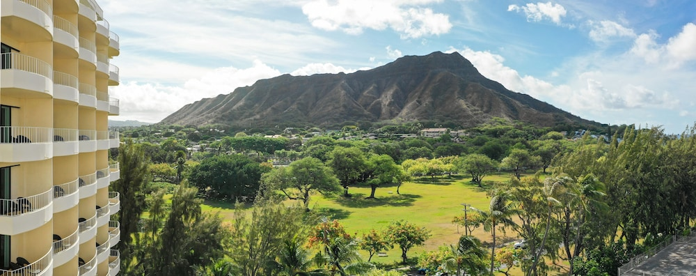 View from Property, Lotus Honolulu at Diamond Head