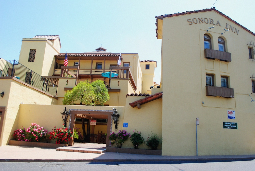 Front of Property, Sonora Inn