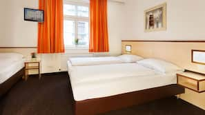 Pillowtop-Betten, Schreibtisch, schallisolierte Zimmer, Babybetten