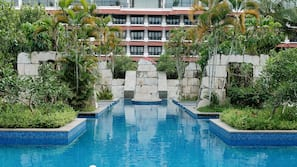 Indoor pool, 3 outdoor pools, open 6:00 AM to 6:00 PM, pool umbrellas