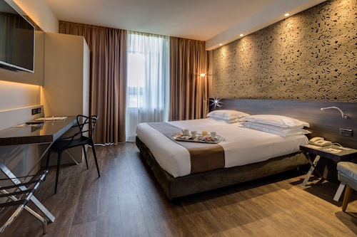 Best Western Plus Hotel Farnese