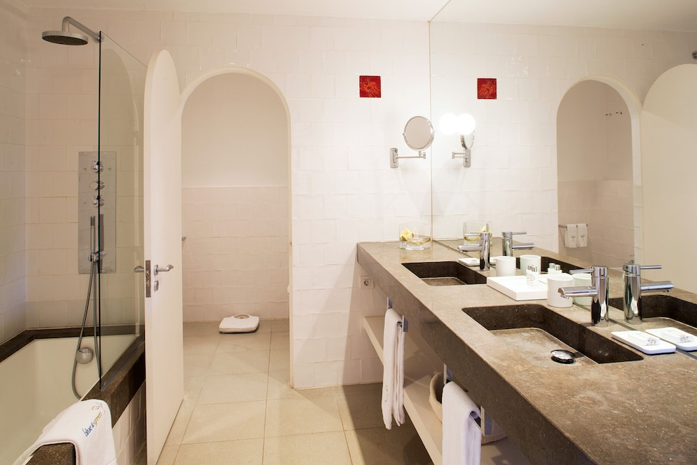 Bathroom, Vilalara Thalassa Resort