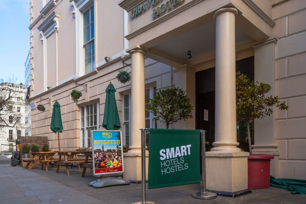 Smart Hyde Park View Hotel