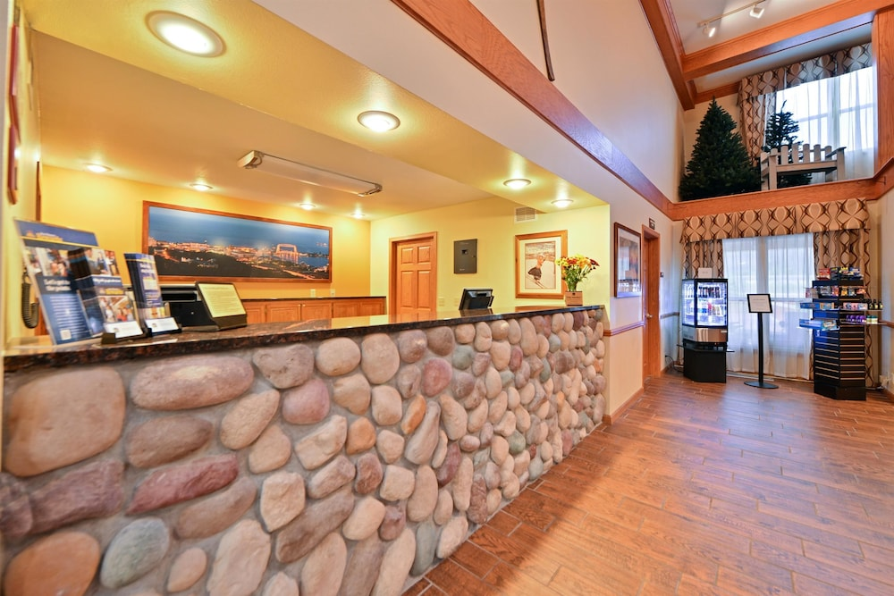 Reception, Best Western Plus Spirit Mountain Duluth