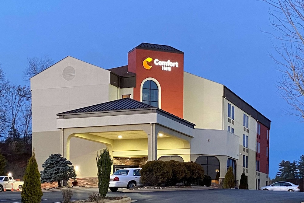 Exterior, Comfort Inn North of Asheville