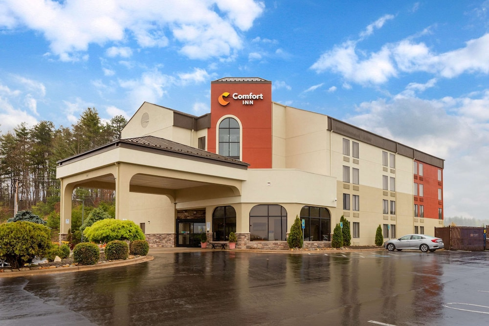 Featured Image, Comfort Inn North of Asheville