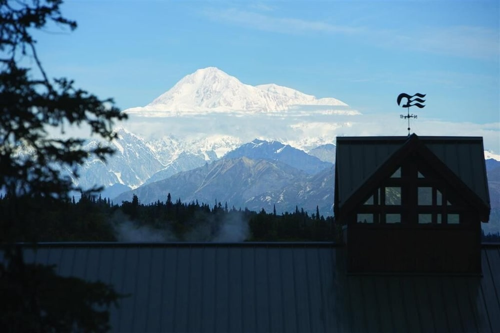 Exterior, MT. Mckinley Princess Lodge