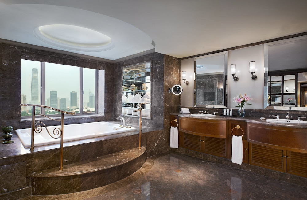 Bathroom, The St. Regis Beijing