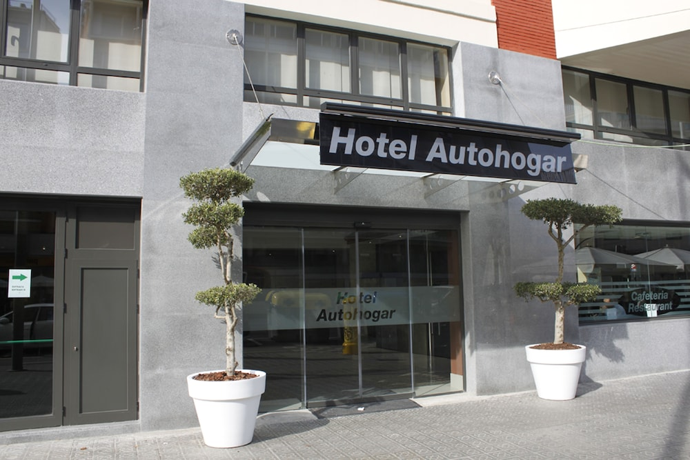 Front of Property, Hotel Best Auto Hogar