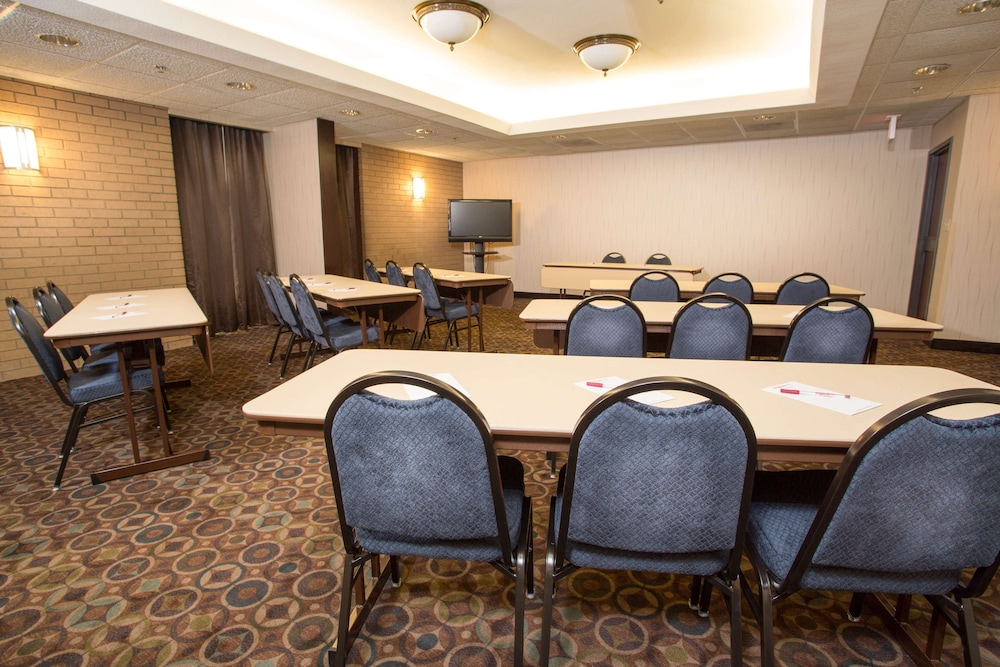 Meeting Facility, Drury Inn & Suites Champaign