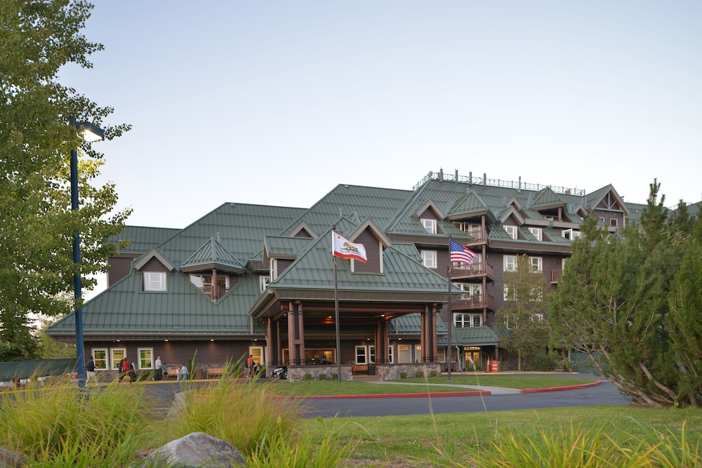 Front of Property, Lake Tahoe Vacation Resort by Diamond Resorts