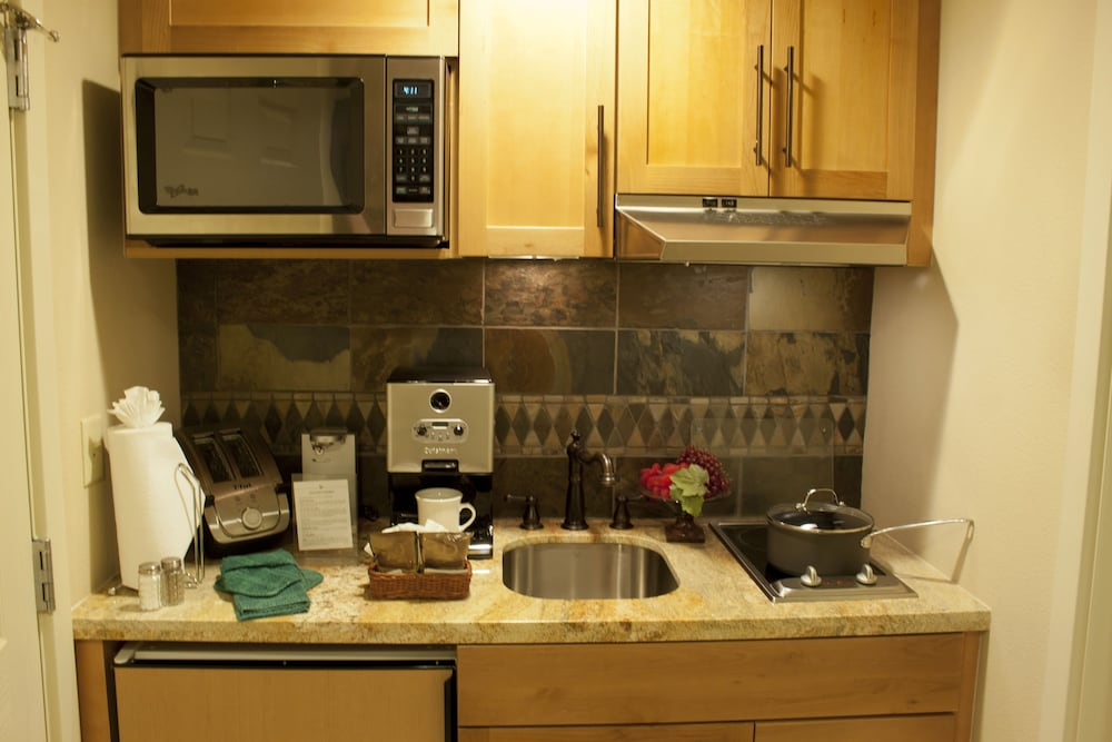 Private Kitchenette, Lake Tahoe Vacation Resort by Diamond Resorts