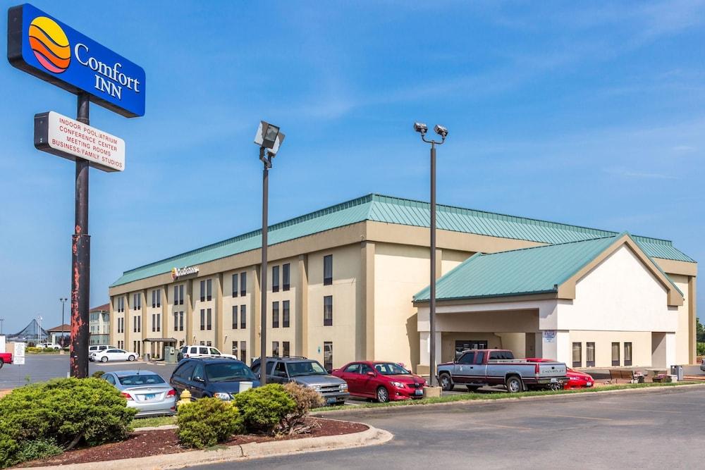 Comfort Inn Collinsville: 2019 Room Prices $76, Deals