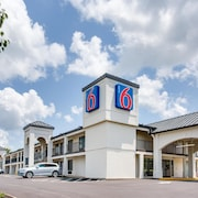 Motel 6 White House, TN