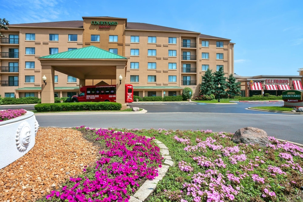 Courtyard By Marriott Chicago Midway Airport In Chicago Hotel