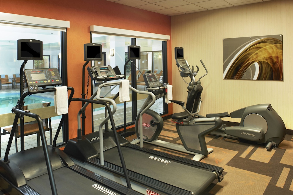 Fitness Facility, Courtyard by Marriott Cleveland Airport North