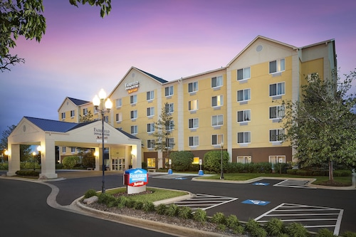 Fairfield Inn and Suites by Marriott Chicago Midway Airport