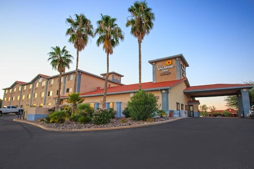 Check Expedia for Availability of Vagabond Inn Executive - Green Valley