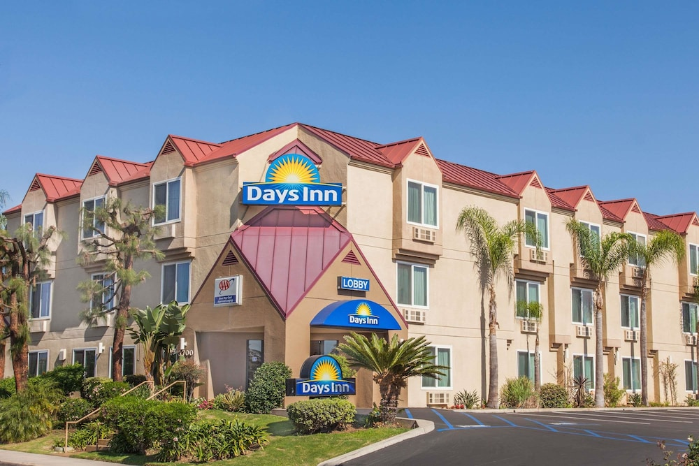 Exterior, Days Inn by Wyndham Carlsbad