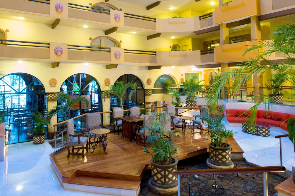 Lobby Sitting Area,  Villa del Palmar Beach Resort Cabo San Lucas - All Inclusive Options Available