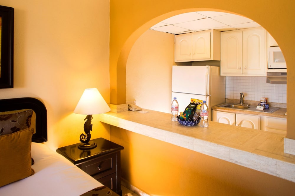 Private Kitchenette,  Villa del Palmar Beach Resort Cabo San Lucas - All Inclusive Options Available